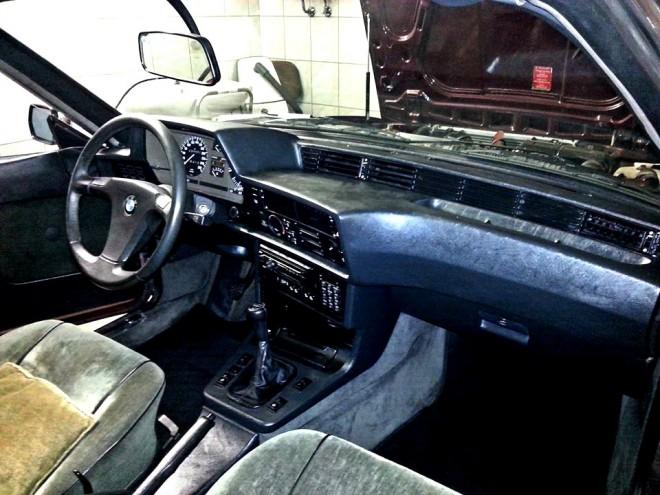 Veterán BMW, oldtimer, E24