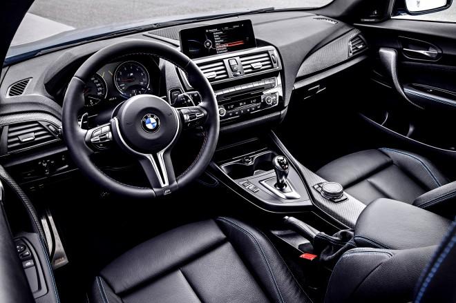 BMW M2 beltér
